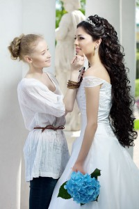 Braut Make up - www.berliner-heiraten.de Bild: © Miramiska - Fotolia.com
