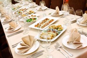Hochzeitstafel - www.berliner-heiraten.de Bild: © Yeko Photo Studio - Fotolia.com