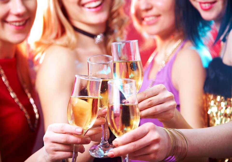 Junggesellinnenabschied Foto: © yanlev - Fotolia.com