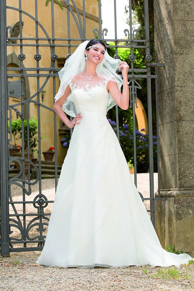Brautkleider-Träume 2016 – Berliner Heiraten