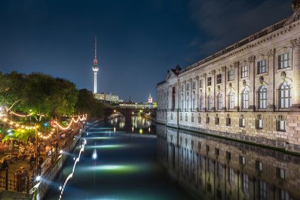 Polterabend mal anders – Berlin Nightseeing Bildquelle: Bild-ID: #133389593 | © JFL Photography – fotolia.com