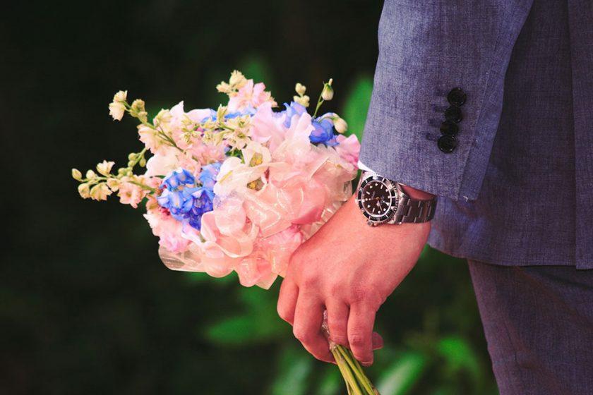 Hochzeit_Geschenk_Uhr_Blumen